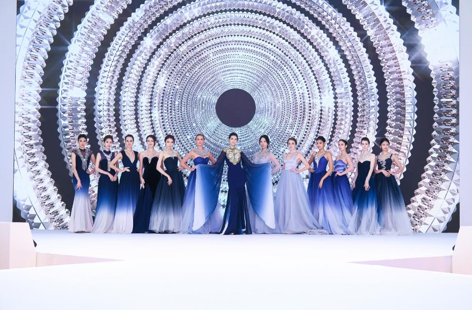 亚洲超模林嘉绮领衔演绎流光·新生篇章高级珠宝